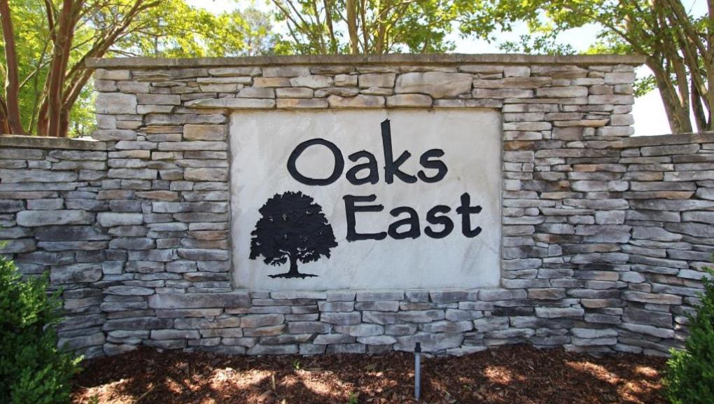 Oaks East